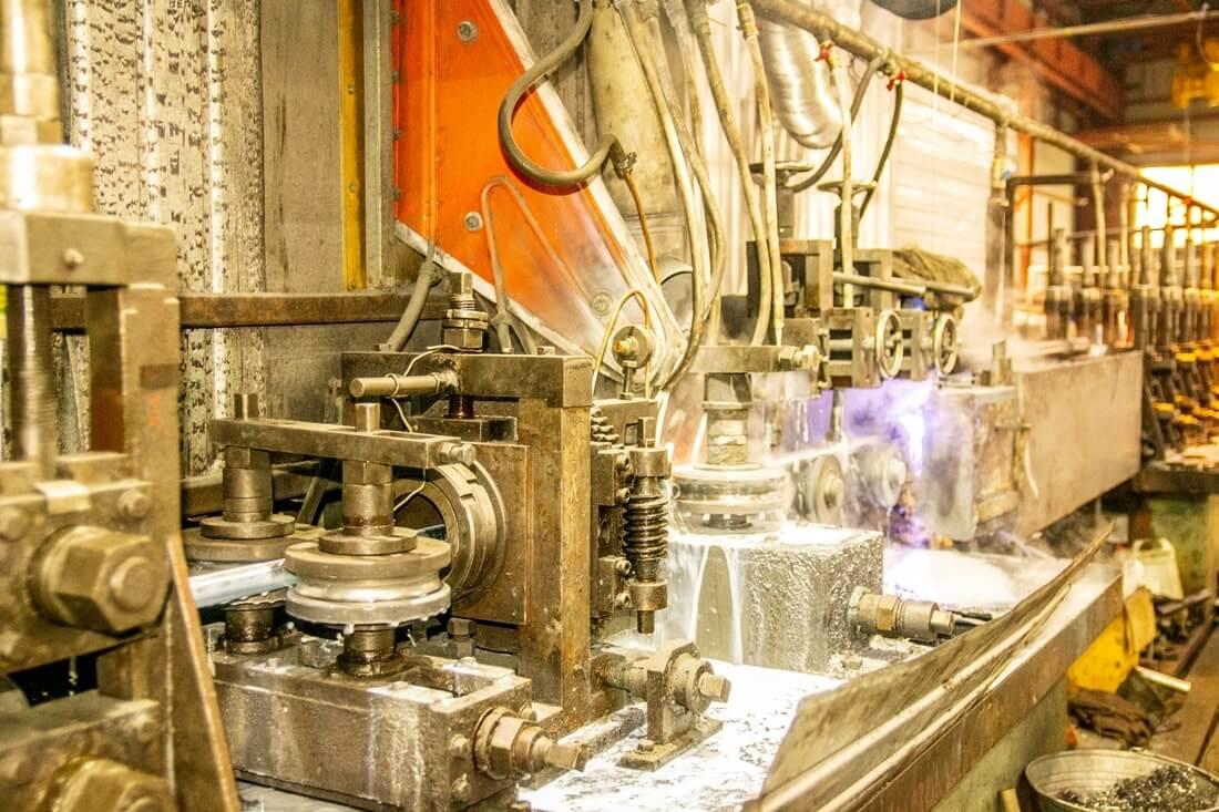 производство профильных труб